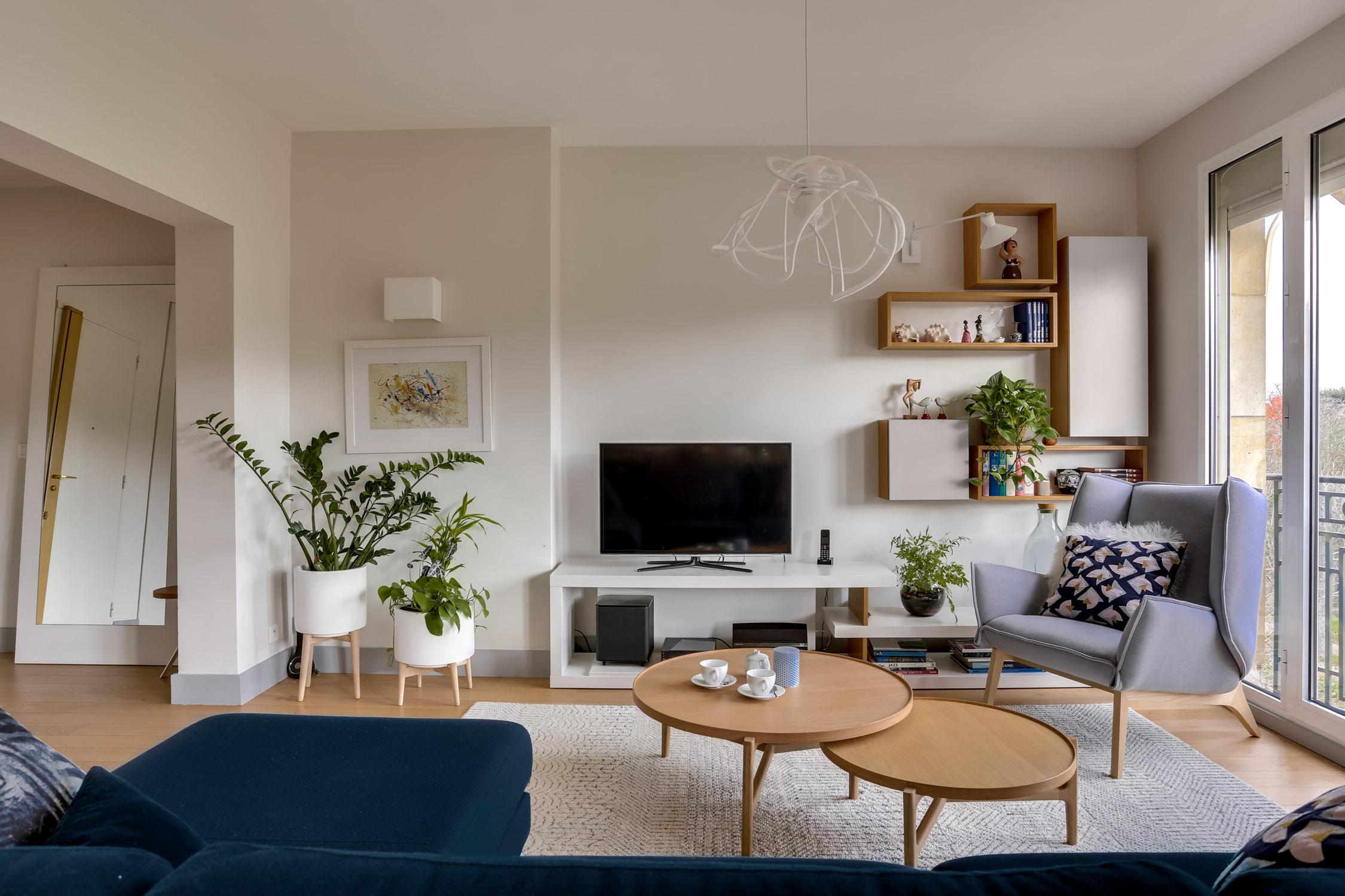 Rénovation - appartement - Neuilly - bois et blanc - séjour