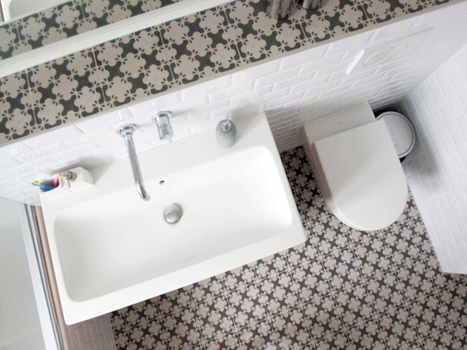 salle de bain scandinave carrelage mutina murs et merveilles