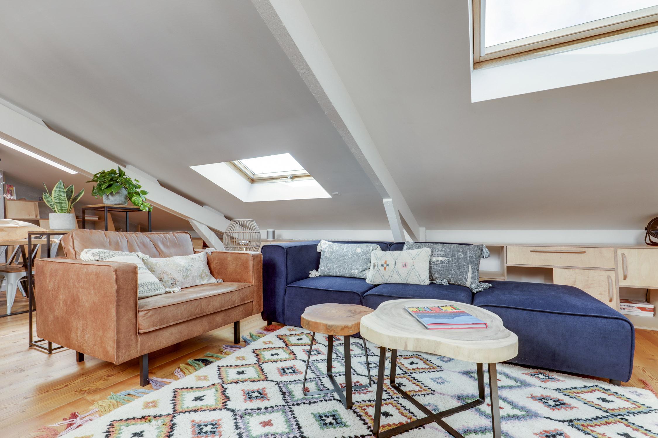 Rénovation - sous les combles - salon séjour - architecte d'intérieur - murs et merveilles